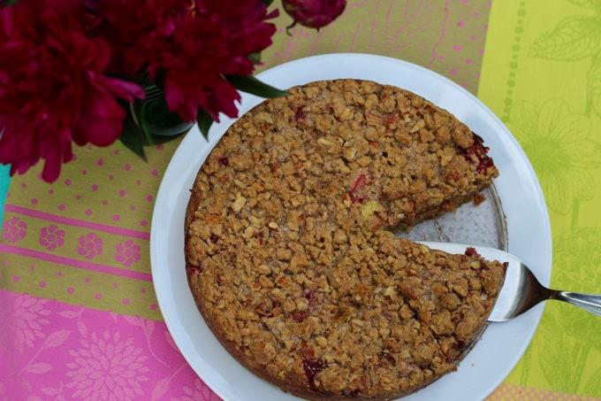 Strawberry Rhubarb Coffee Cake-1