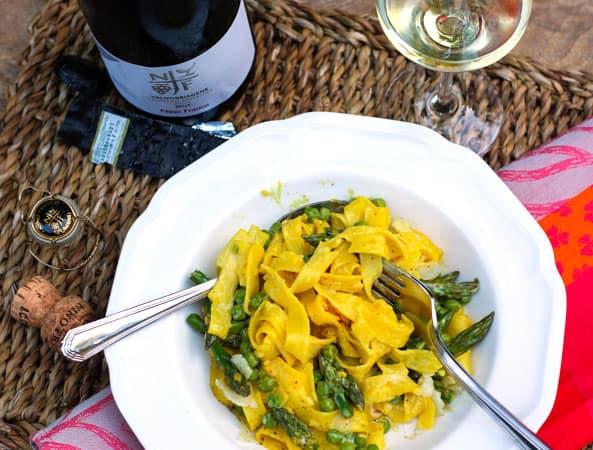 Fettuccine with Asparagus, Peas & Saffron and Prosecco