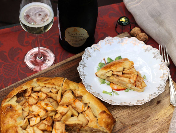 Apple Crostata Paired with Prosecco
