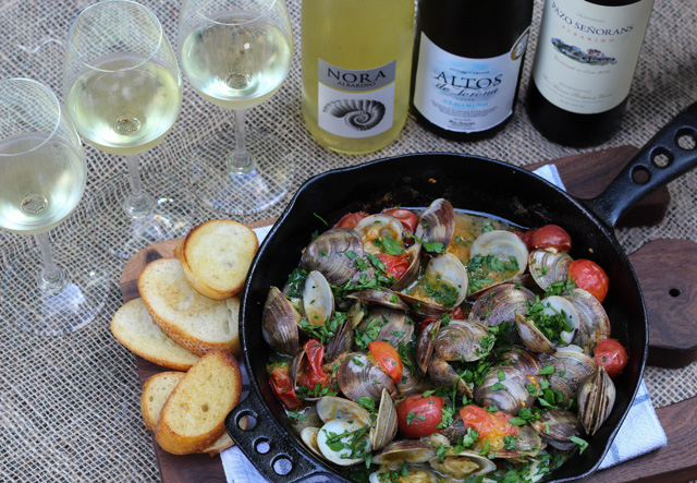 Grill Clams with Spanish Albariño