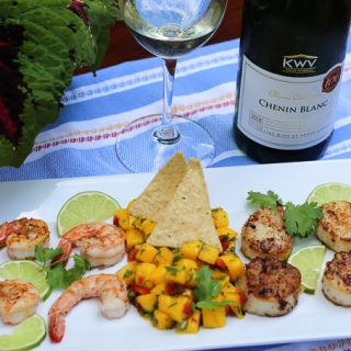 South African Chenin Blanc Paired with Shrimp, Scallops, and Mango Salsa #WinePW