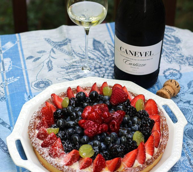 Cartizze Prosecco Superiore Dry paired with a fresh fruit tart